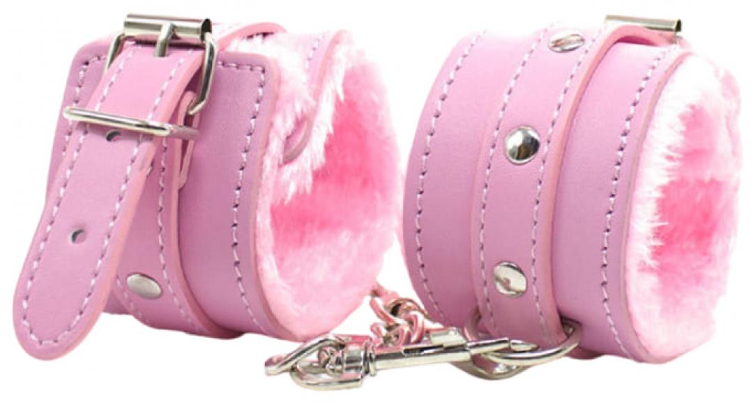 Розовые наручники с мехом