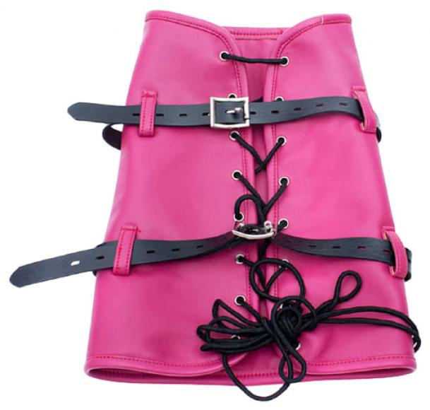 Розовый бондаж на ноги для БДСМ-сессий
